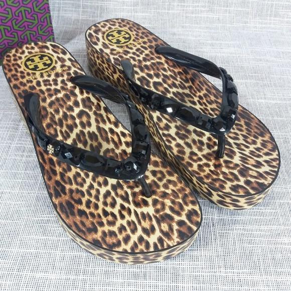 937c0a666a13 Tory Burch Leopard Wedge Flip Flops Sandals 9 Gems
